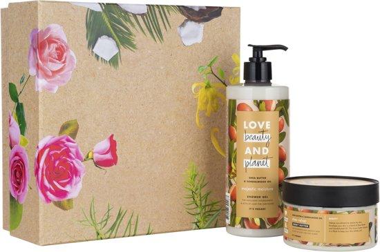 Love Beauty and Planet Luxe Geschenkset