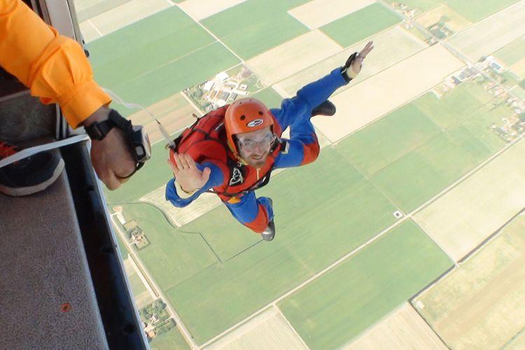 parachutespringen bij vakantieveilingen