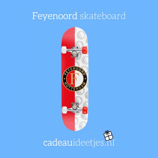 feyenoord skateboard rood wit met logo
