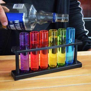 6 shotbuisjes in verschillende kleuren paars, rood, groen, geel en blauw