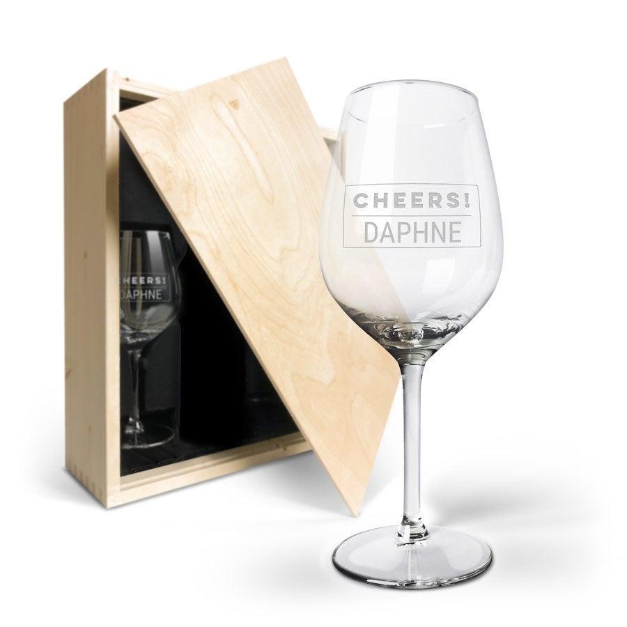 Wijnkist met wijnglazen